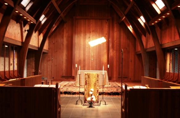 altarWhite 1